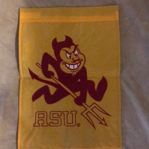 New Arizona state university garden flag